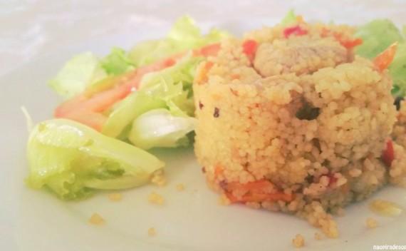 Como fazer cuscuz marroquino com frango e legumes?