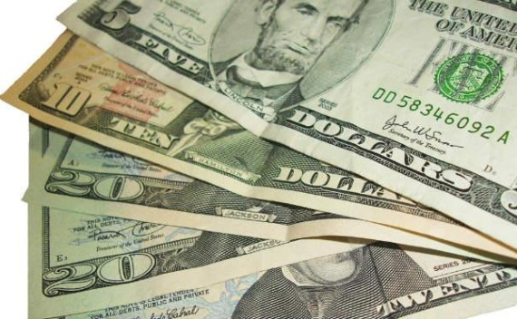 Quatro maneiras de investir em dólar