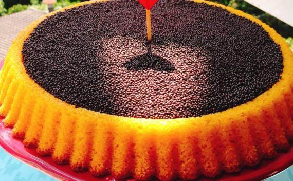 Delicioso bolo de cenoura com creme de Nutella para fazer no final de semana!