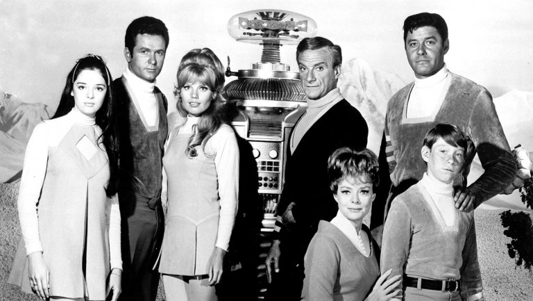 lost_in_space_cast