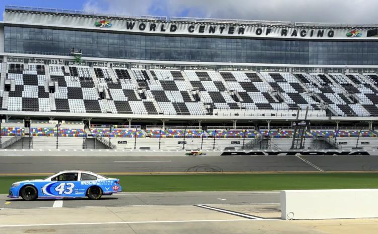 Tour pelo Daytona International Speedway